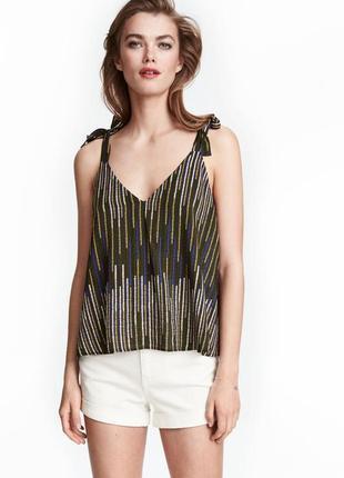 Милая блуза h&m с бантами. есть брючный костюм1 фото