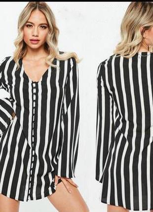 Cтильное свободное платье в вертикальную полоску с расклешенными рукавами missguided3 фото