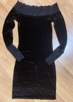 Супер красивое велюровое платье чёрного цвета1