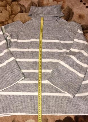 Шикарный фирменный свитер р.l,в идеале.2 фото