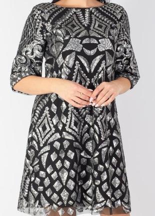 Яркое , нарядное дизайнерское платье , 42 европ. размер4