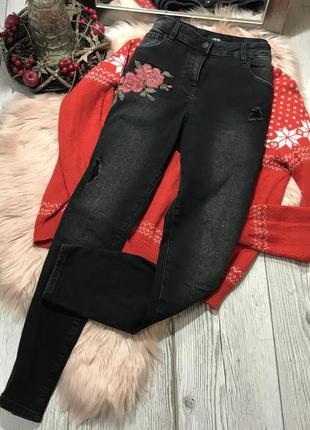 Плотные джинсы с вышивкой3