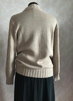 Уютный свитерок в идеале s/m3