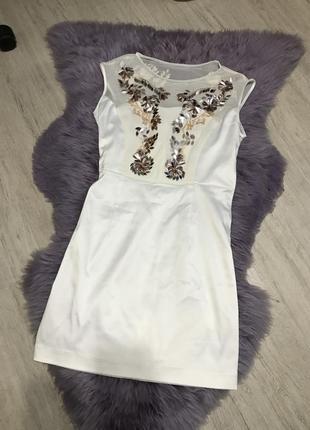 Белое платье karyn miran