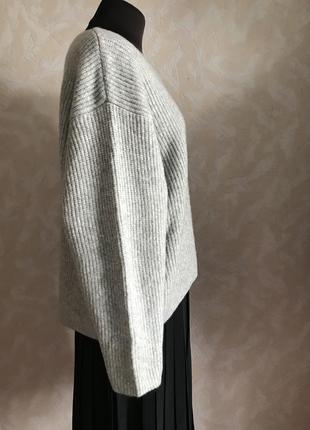 Объемный свитер в идеале оверсайз2
