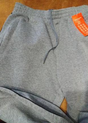 Теплые спортивные штаны на зиму.3