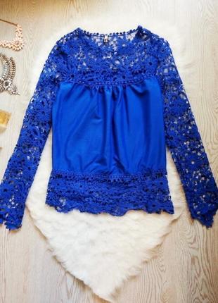 Нарядная синяя блуза с кружевными длинными рукавами и гипюром туика шифон1