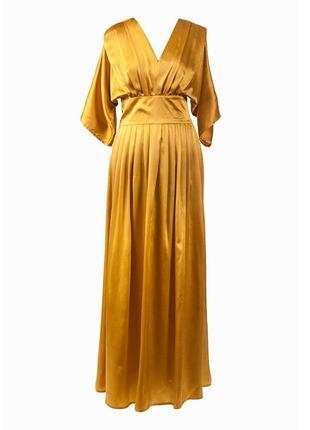 Золотистое платье из натурального шелка2