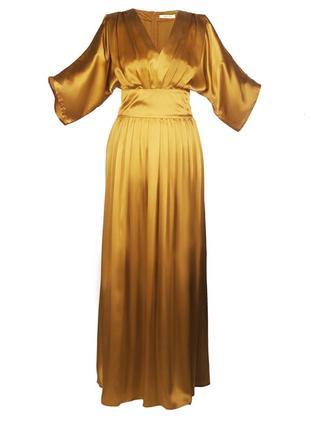 Золотистое платье из натурального шелка1