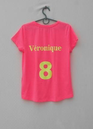 Трикотажная футболка с надписью4