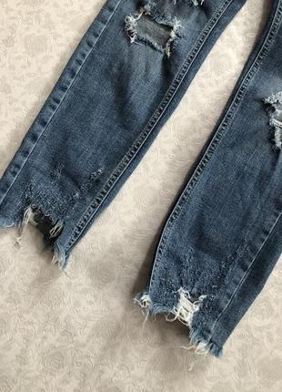 River island рванные джинсы l- размер2