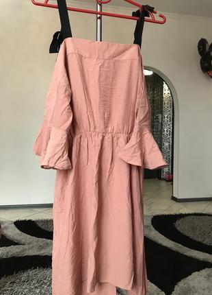 Нюдовое платье в рюша беж черное сарафан1 фото
