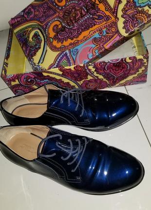 Туфли лаковые attizzare