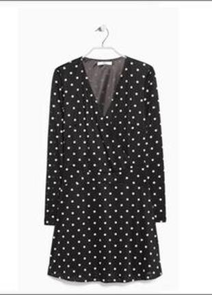Качественное вечернее черное платье в горошек на запах mango3