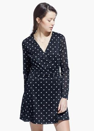 Качественное вечернее черное платье в горошек на запах mango2