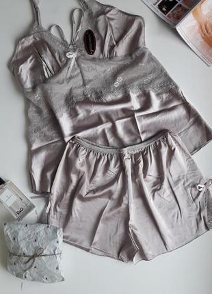 Нежная, изящная пижама цвета металлик. размер м-л