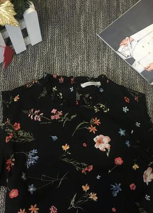 Блузка с цветочным принтом3
