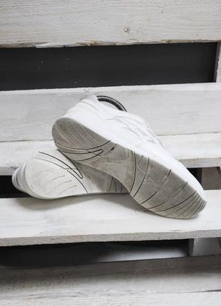 Крутые кроссовки asics4