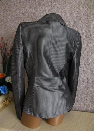 Нарядный, стильный пиджак. размер eur 36-384