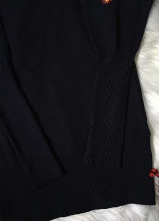 Удлиненный свитер с вышивкой3 фото