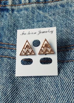 Серьги-гвоздики золотые треугольники, сережки, кульчики1