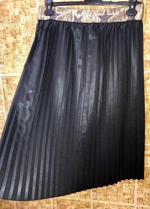 Шикарная юбка плиссе vanessa scott ткань под кожу италия  🇮🇹 р.s/m,новая,1