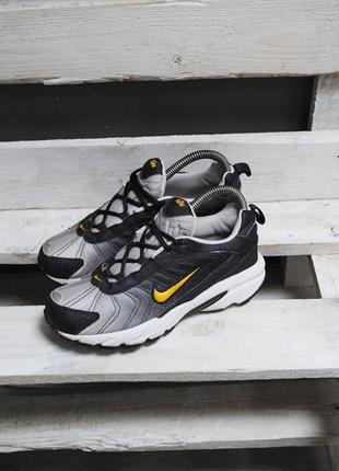 Крутые кроссовки nike3