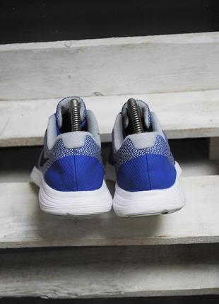 Крутые кроссовки nike revolution 32