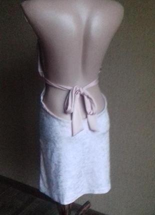 Пудровое розовое велюровое платье с открытой спиной2
