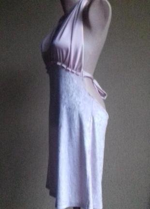 Пудровое розовое велюровое платье с открытой спиной3