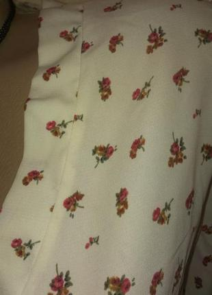 Красивая блуза в цветочек рр 48-502