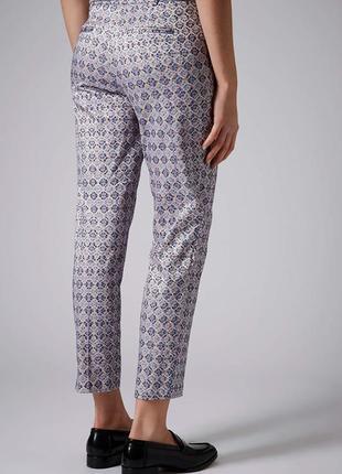 Жаккардовые брюки-дудочки с завышенной талией topshop5