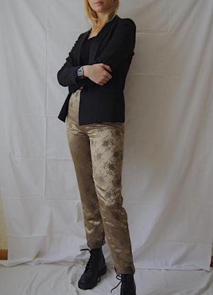 Люксовые брюки с цветочной вышивкой3