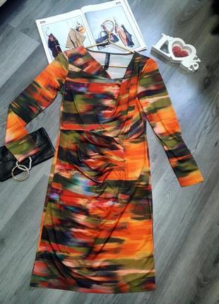 Красивое яркое платье размер с, небольшая м2
