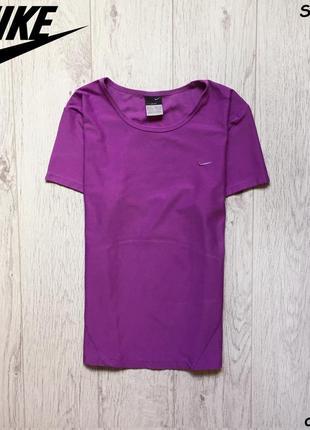 Женская футболка nike - dri fit1