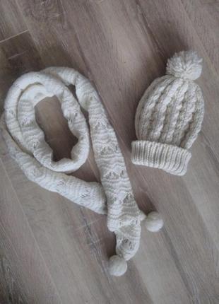 Шапка и шарф look1