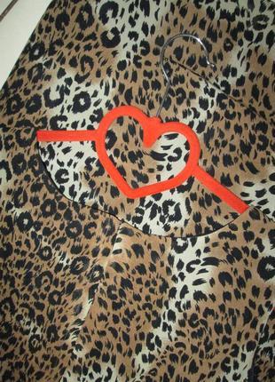 Плаття в леопардовий прінт3 фото