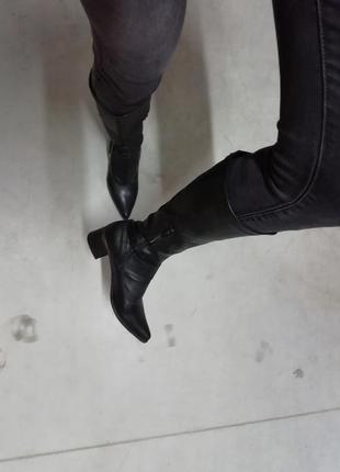 Высокие черные сапоги2