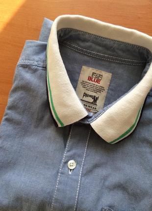 Мужская джинсовая рубашка с коротким рукавом