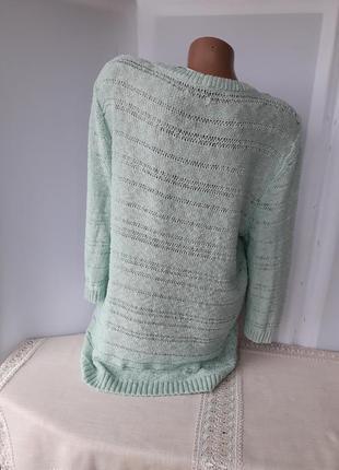 Хлопковый свитерок с кружевной отделкой на груди.3