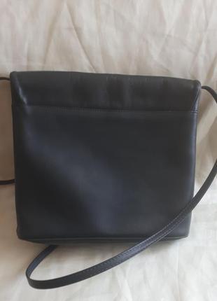 Кожаная сумка /2я вещь в подарок2