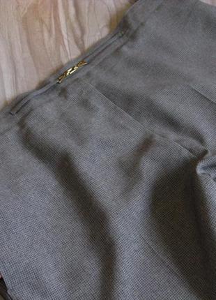 Легкие брючки чинос ( сзади пояс резинка) размер eur 48-502