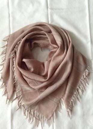 Платок-палантин тонкий. кашемир/шерсть. бежево-розовый. 120*120 см.1