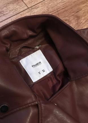 Кожаная куртка винного цвета pull&bear2