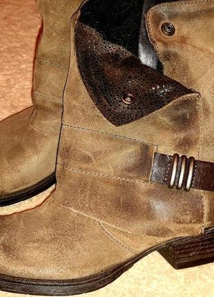Круті шкіряні черевики відомого бренду1