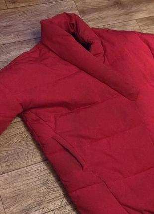 Красный короткий пуховик одеяло mango4