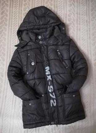 Теплая зимняя куртка на 6-8лет цена 250