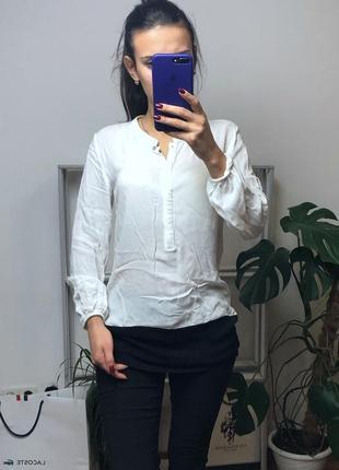 Стильная рубашка с черной полосой1 фото