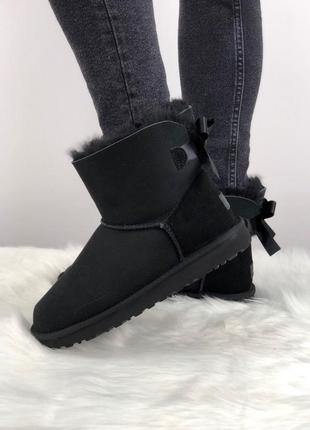 Шикарные женские зимние угги/сапоги с натуральным мехом ugg mini bailey bow 2 (black)1