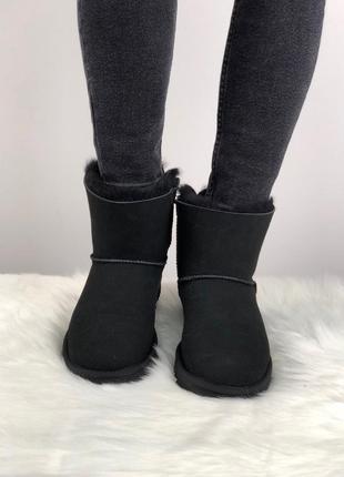 Шикарные женские зимние угги/сапоги с натуральным мехом ugg mini bailey bow 2 (black)4